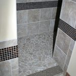 Daltile Portenza-Tierra diSienna with Rootbeer Glass Accents Border