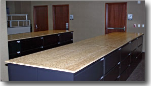 middle countertop